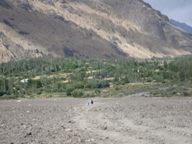 Dizg, the saint's village