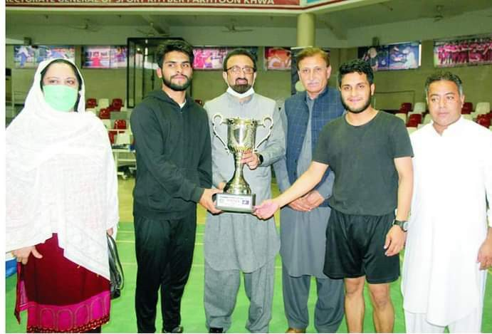 Chitrali players win table tennis trophy