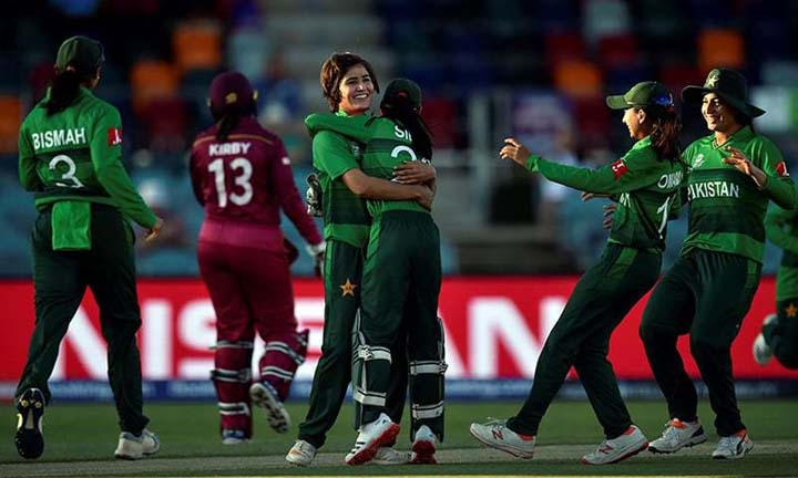 women's national cricket team to tour South Africa next month