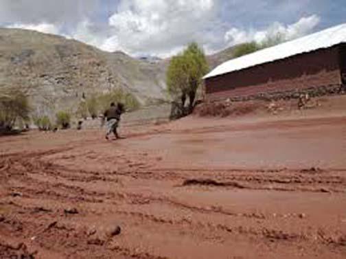 Reshun residents start work on siphon irrigation system