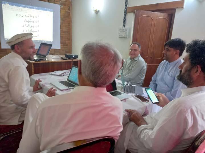 Steps begin to standardize spelling system of Khowar
