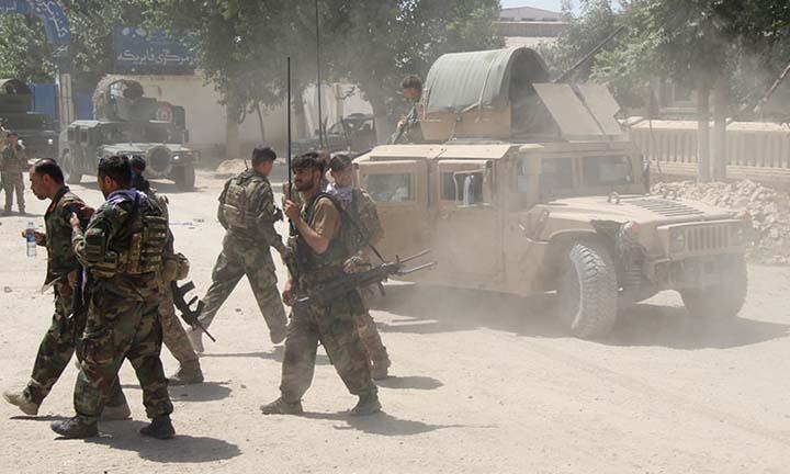 Taliban capture Tajikistan border crossing