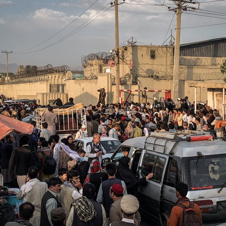 Desperation as Afghans seek to flee